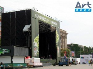 Обшивка сцены на Евро 2012